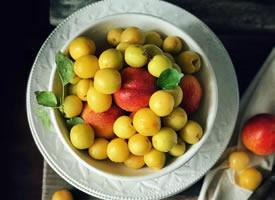 一组酸酸甜甜漂亮的小白杏图片欣赏