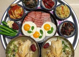 一组超级美味的韩式家庭餐盘图片欣赏