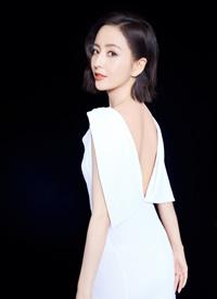佟麗婭優雅白裙寫真圖片欣賞