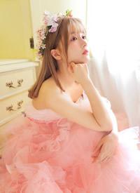 粉嫩蘿莉美少女公主裙寫真圖片