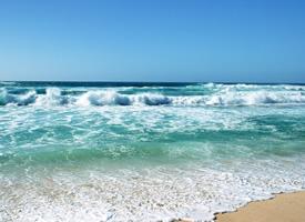 蔚藍海洋風光高清桌面壁紙