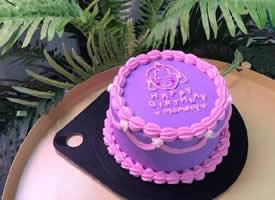一组超级可爱简约的蛋糕图片欣赏