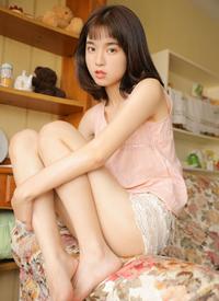 长腿尤物美女性感私房大胆写真
