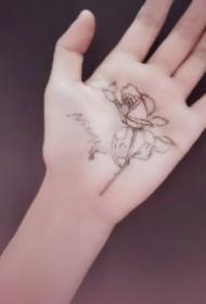 手掌刺青 9張手板心里的創意手掌紋身圖案