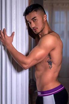 中國男模樊野半裸藝術照片