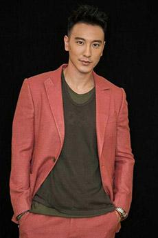 红色西装中国帅哥写真照片