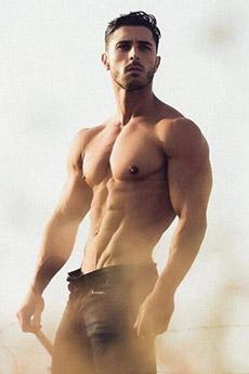 欧美肌肉帅哥人鱼线诱惑照片