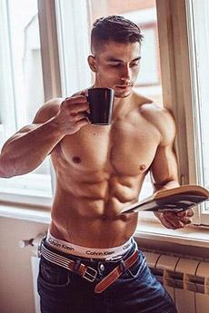 欧美肌肉帅哥低腰内裤性感私房照图片