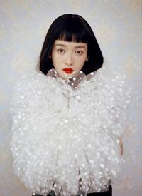 吳謹言復古風時尚大片寫真圖片