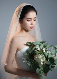 一组韩式简约新娘造型图片欣赏