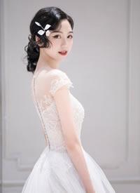 一组简单清新感的新娘发型