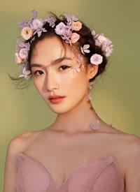 一组少女森系鲜花新娘造型
