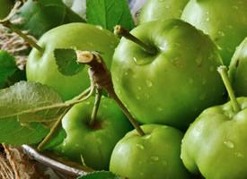 一组酸酸甜甜的青苹果图片欣赏