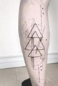 幾何紋身:27款幾何圖形主題的紋身圖案和手稿