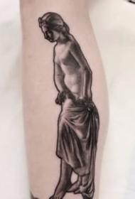 一組國外雕塑的寫實紋身圖片