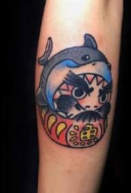 达摩蛋纹身:有趣的9张达摩蛋纹身作品图案