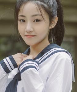 吴佳怡清纯水手服写真图片