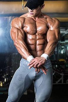 欧美肌肉型男性感艺术写真图片