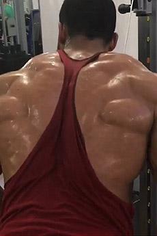 歐美猛男肌肉秀后背肌肉照片