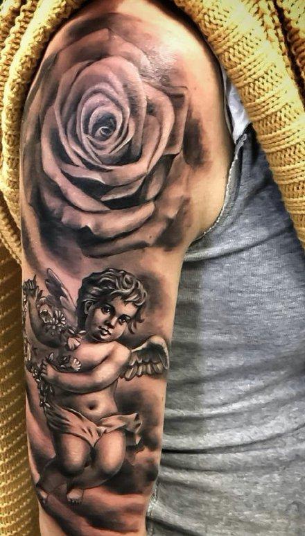 点击大图看下一张:带翼天使纹身 9张带翅膀的天使纹身图案