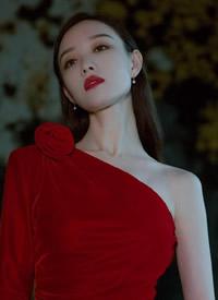 倪妮紅衣性感高清圖片欣賞