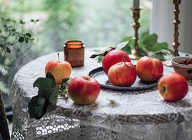 一组意境美的脆脆的苹果图片