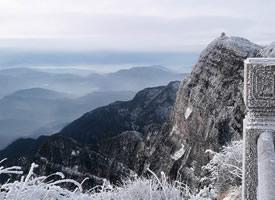 峨眉山壯觀自然風光桌面壁紙