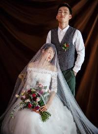 气质款的婚纱唯美摄影图片