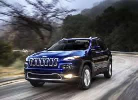 低調奢華的藍色jeep自由光圖片