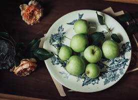 一组美味的青苹果图片欣赏