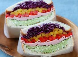一組很有食欲的三明治圖片