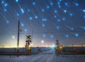 一組非常有個性的夜晚星空壁紙圖片