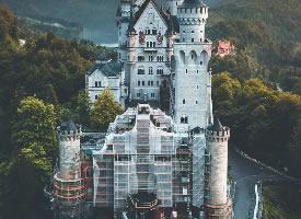 一組宏偉壯觀的城堡圖片
