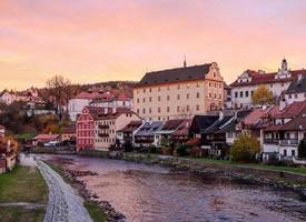 美麗的捷克童話小鎮Cesky Krumlov圖片