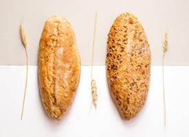 一組好吃長不胖的谷物面包圖片欣賞