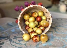 一组清脆香甜的冬枣图片
