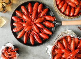 在夏天,吃虾是不变的潮流,是永恒的美味