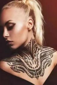 帅气的9款漂亮图腾纹身作品图片