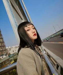 吴佳怡最新时尚性感街拍图片
