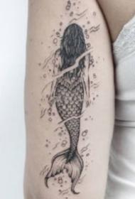 點線美人魚紋身 黑灰色的9款帥氣美人魚紋身作品