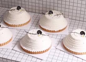 一組極簡風美麗的甜品甜點圖片欣賞