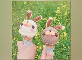 簡約ins風萌兔冰淇淋手機壁紙