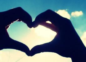 愛情永遠不可能是天平,你想在愛情里幸福就要舍得傷心