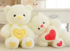 可爱的泰迪熊玩偶图片