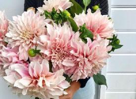 浪漫的手捧花設計