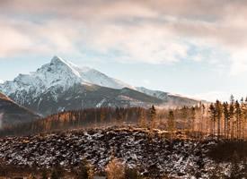 唯美壮观的雪山风景高清壁纸