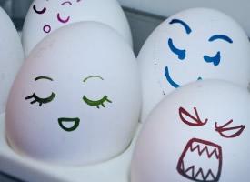 非主流治愈系搞笑可愛彩繪雞蛋圖片