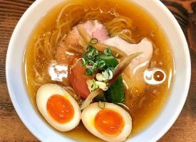 一組超美味的日式拉面圖片