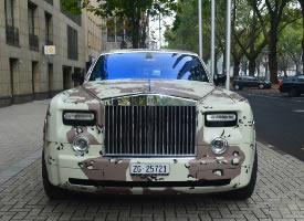 迷彩勞斯萊斯Rolls-Royce Phantom圖片