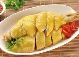 制作簡單的粵菜美味白切雞圖片